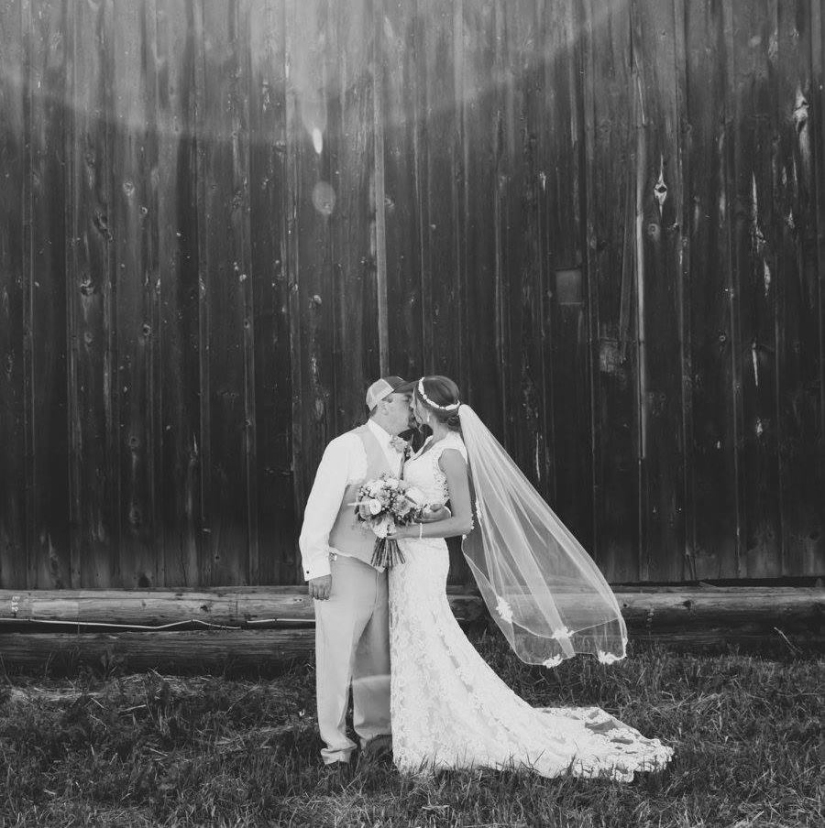 Barn Wedding, Wedding Veil, Gorgeous Wedding Veil, Groom in a Baseball Ballcap, Cute Bride and Groom